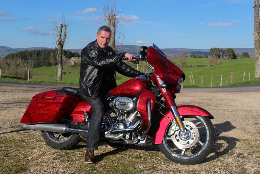 De Paris à Grimaud en Harley-Davidson Electra Glide CVO