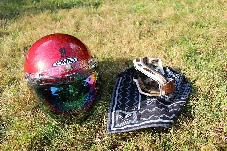 Quel casque moto choisir : vous êtes plutôt lunettes ou visière ?