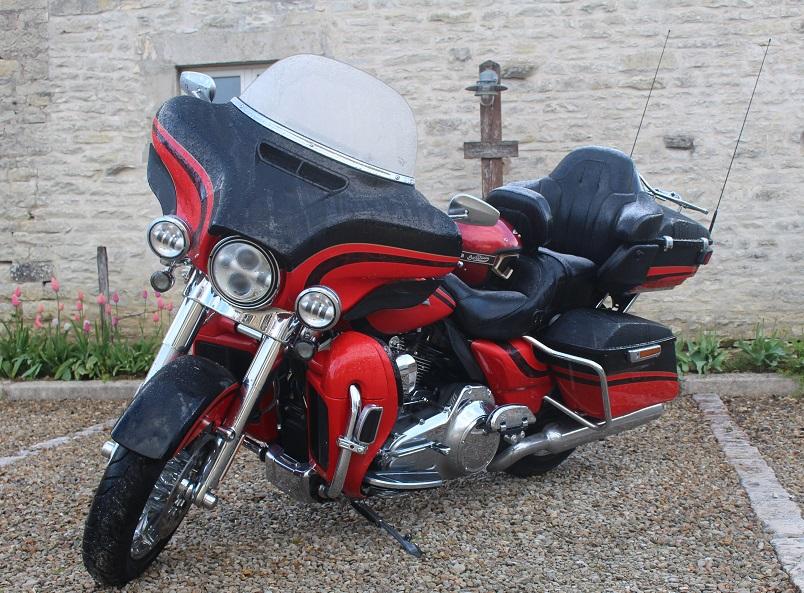 De Paris à Grimaud et l'éveil du poireau face à 450 kg de Harley – Jour 2